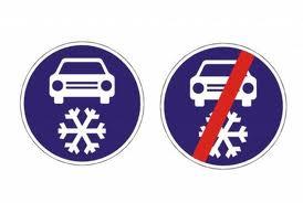 Dopravní značka: Povinná výbava
